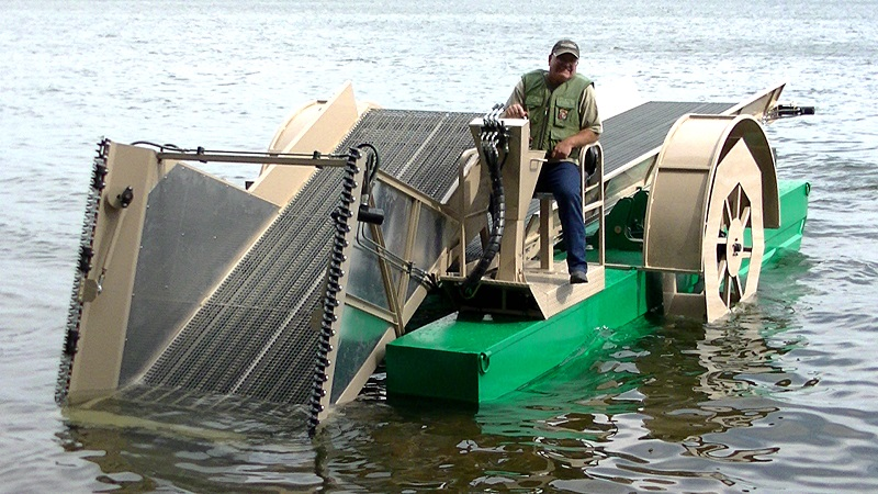 eco-cutter-aquatic-harvester