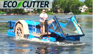 Eco Cutter- Aquatic Underwater Weed Harvester Collector Machine boat